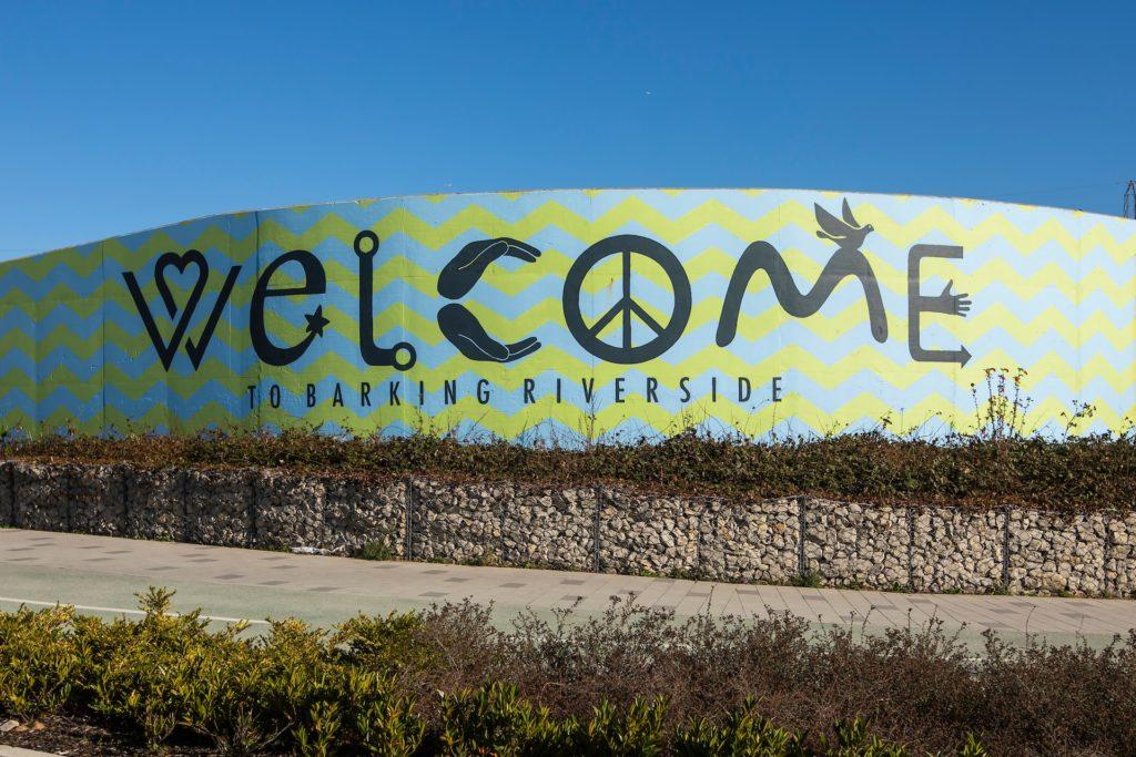Welcome to Barking Dagenham sign
